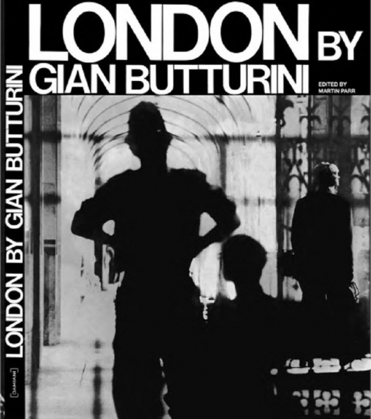 SAVE THE BOOK. London by Gian Butturini